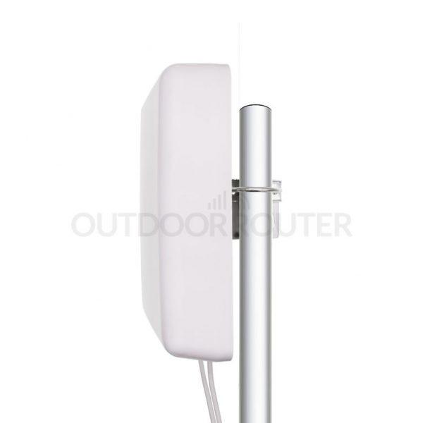 4G-Panel-MIMO-Antenna_On-Pole-Installation
