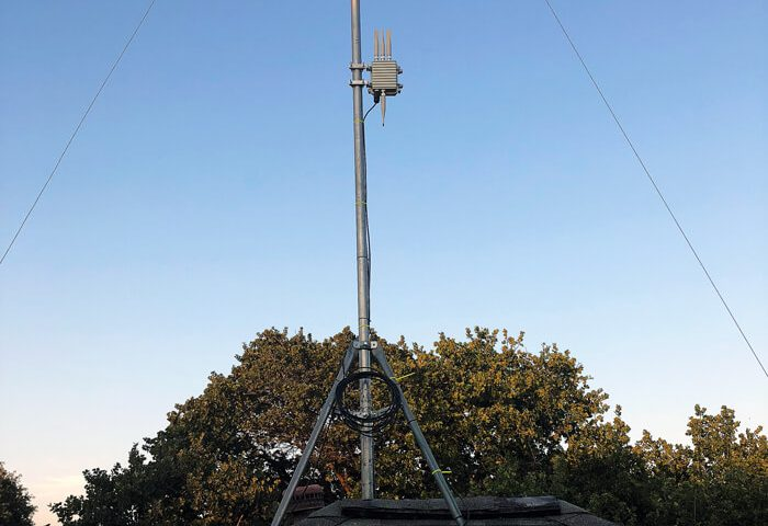 Case-USA-Stabler-mobile-signal-on-the-roof
