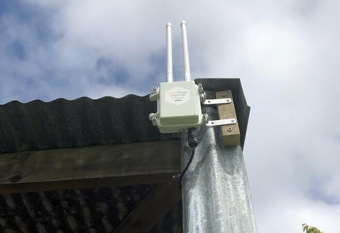Case_NZ_Install-Outside-Good-Signal