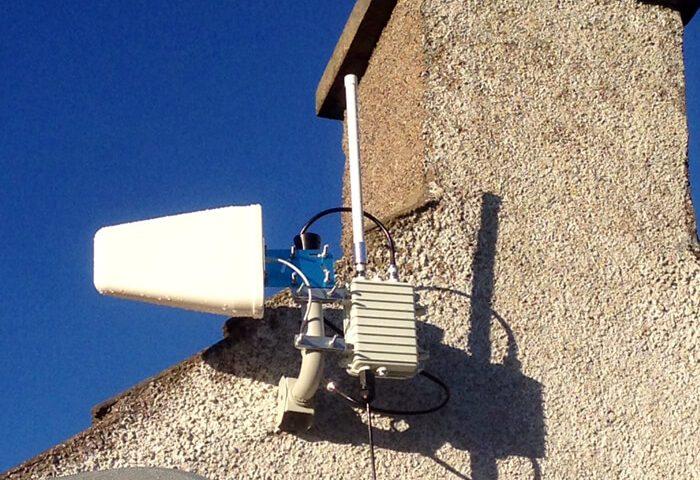 Case_UK_Lift-Antenna-A-Few-Meters